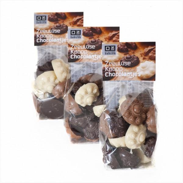 Blokbodemzakje met Zeeuwse Knoop Chocolaatjes.